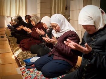 """retsil single muslim girls Meet the first muslim woman to participate in naked and afraid """"there are a lot of strong muslim women who are afraid to step out of their comfort zone."""