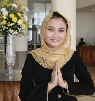 lodge muslim girl personals The challenges of young muslim girls to ignore the pressures of dating in the western world the muslim girl muslim girl problems: dating.