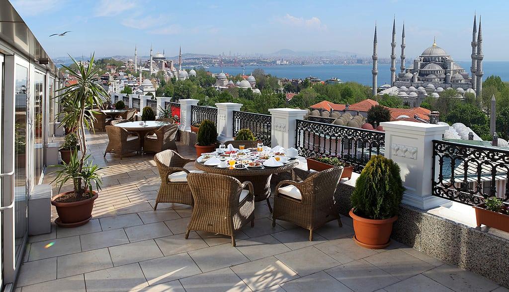 Deluxe Goldenhorn Hotel – Rooftop terrace with Blue Mosque & Bosphorus views