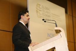 Abdulla Al Awar, CEO of Dubai Islamic Economy Development Centre (DIEDC)